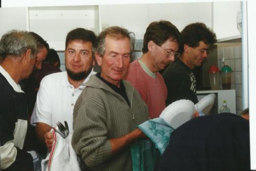 1996 Déjà les messieurs à la tâche !